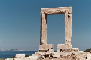 800px-Naxos_Gate